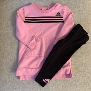 Adidas two piece outfit. Size 18 month.